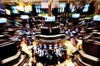 美联储纪要态度谨慎 标普又创新高 金价上涨