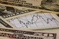 高盛:美元前景好坏不一 定论下跌周期为时尚早