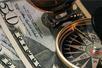 [隔夜市场回顾]美股齐创收盘纪录新高 黄金原油美元走软