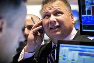 中美贸易战担忧加剧美股下挫 经济数据支撑美元上涨