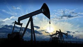 地缘风险携手EIA利好助力多头,美布两油飙升逾3%