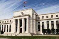 美联储明年加息速度预期比此前更快 美股冲高回落 美元遭遇暴击