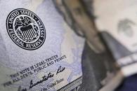 通俄门发酵美股回落 美债大涨带动美元升至两周高位
