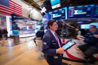 美股小盘股再创新高  美元刷新五个月高位