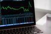 美国市场科技股上涨金融股下跌