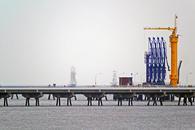 布伦特原油价格小幅走低