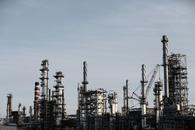 美国页岩油融资规模骤降 钻井活动放缓