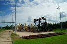 EIA原油库存意外大增,但两大利好助油价持稳于五个月高位