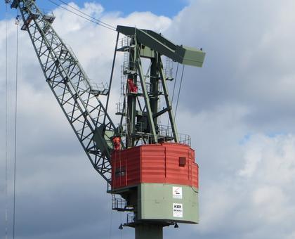 全球需求前景放缓 国际油价在60美元下方震荡