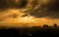 疫情担绪叠加全球原油需求疲软 原油跳空低开