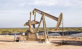 多重利空打压 油价下跌逾1%