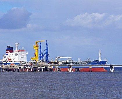 国际关系对抗程度加深 俄罗斯尚未支持减产 国际油价走疲