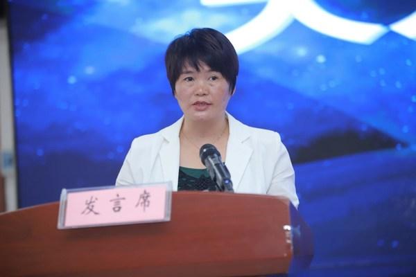 大方县人民政府副县长李萍